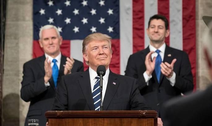 Журналісти змусили Білий дім оприлюднити податкову декларацію Трампа