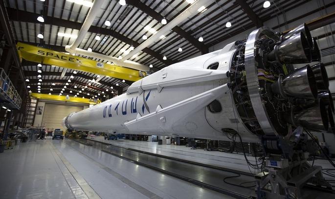 SpaceX успішно вивела на орбіту новий супутник