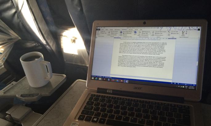 Британія і США заборонили перевозити в літаках ноутбуки