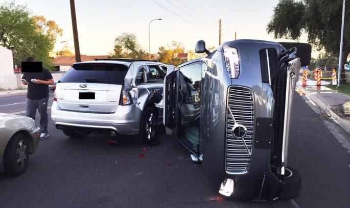 Uber після аварії відкликає з доріг свої безпілотні авто