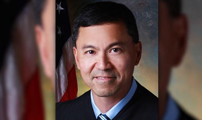 Суд продовжив заборону на міграційний указ Трампа
