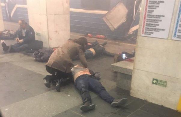 У Пітерському метро пролунали вибухи, є загиблі (ОНОВЛЮЄТЬСЯ)