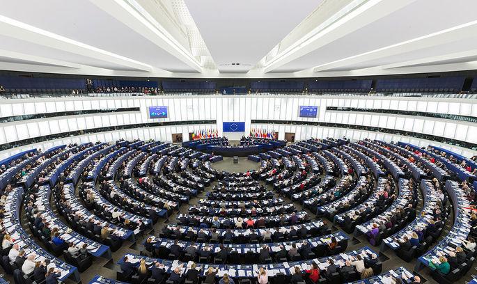 Дебати в Європарламенті про безвіз завершилися на користь України