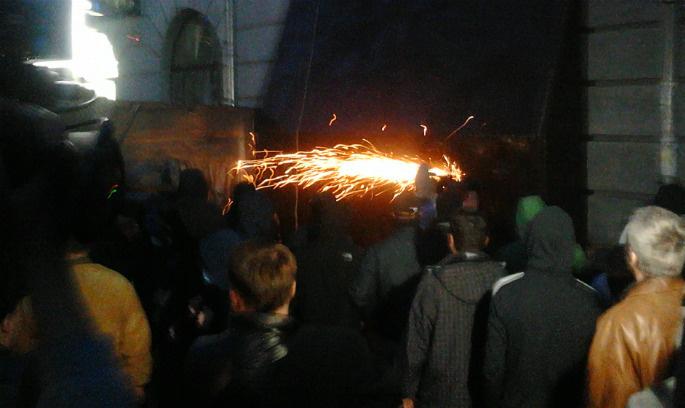 Полтава: мирна акція перетворилася на криваве протистояння