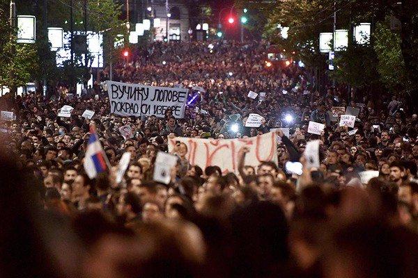 У Сербії почався «майдан» після президентських виборів