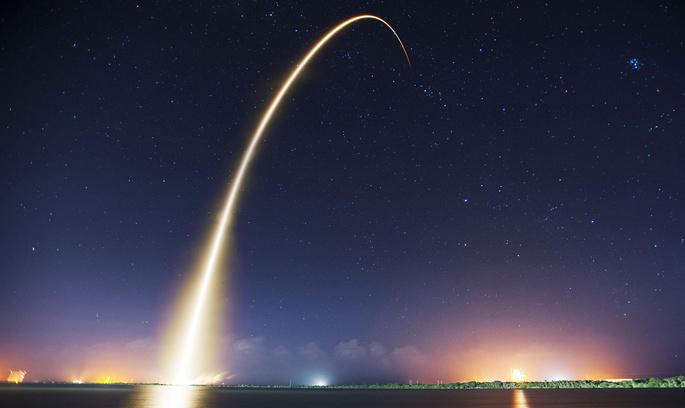 Повторний запуск Falcon 9 дозволить літати в космос удвічі дешевше