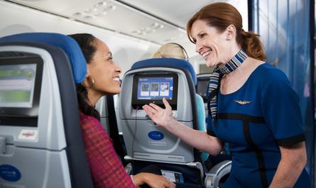 Політ завершено: чи має право авіакомпанія знімати пасажирів з рейсу