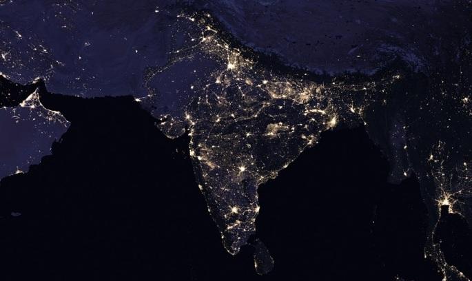 NASA оприлюднила нові супутникові знімки нічної планети (ВІДЕО)