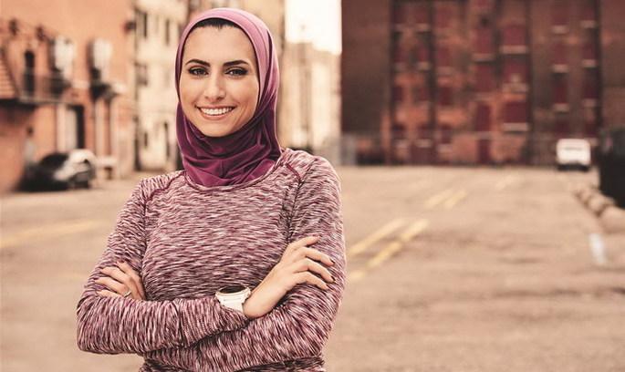 Біжи, Хатіб, біжи: жінка збирає гроші для біженців, бігаючи марафони