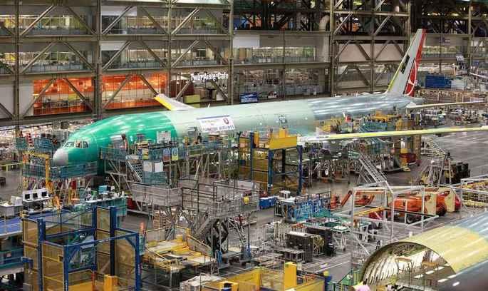 Boeing масово скорочує працівників