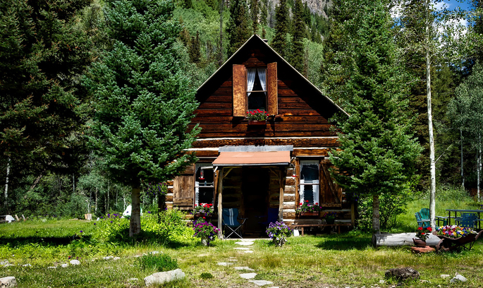 Втекти зі столиці: що потрібно знати, щоб винайняти заміський будинок на літо