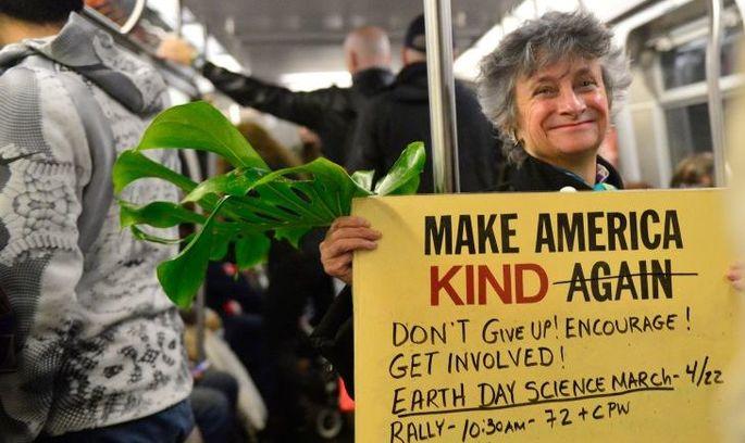 День Землі цього року планета зустрічає в протестах проти Трампа