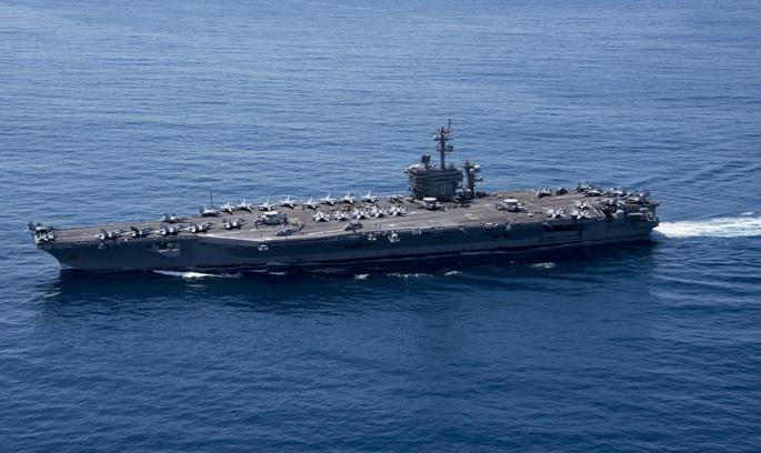 Північна Корея погрожує потопити американський авіаносець «одним ударом»