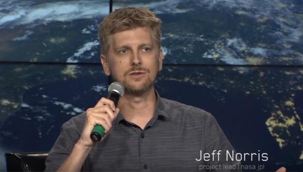 Експерт NASA розроблятиме окуляри доповненої реальності для Apple