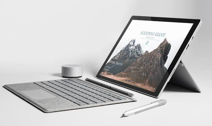 Microsoft представив новий ноутбук Surface Laptop