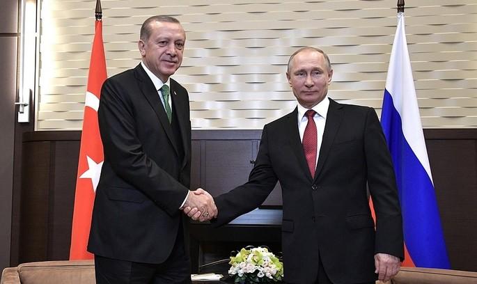 Путін – Ердоган: знову дружба, однак економічні обмеження ще в силі