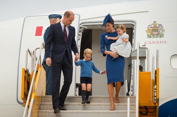 Королівська сім'я судиться зі ЗМІ за публікацію відвертих фото Кетрін Міддлтон
