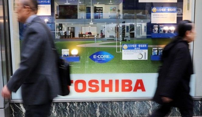 Toshiba не може продати частину свого бізнесу через судовий позов