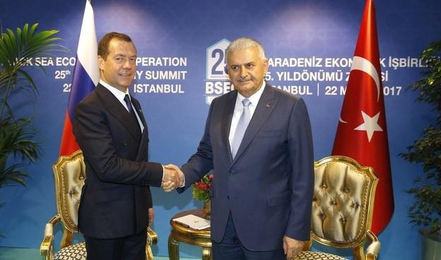 Знову дружба: Туреччина і Росія зняли одна з одної санкції