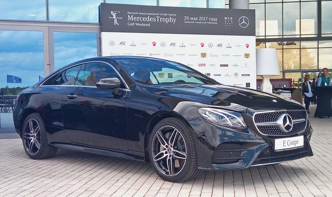 Під зіркою гольфу: Mercedes-Benz презентував дві новинки для українського ринку