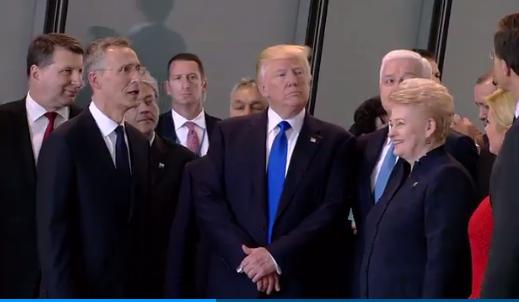 Трамп VS прем'єр-міністр Чорногорії: штовханина на саміті НАТО
