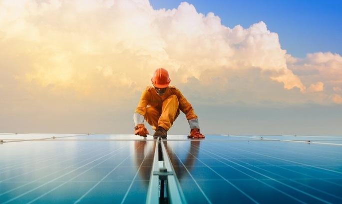В Абу-Дабі побудують сонячну електростанцію на 1,2 ГВт