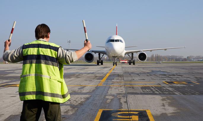 Низько летять: які шанси є у «національної авіакомпанії»?