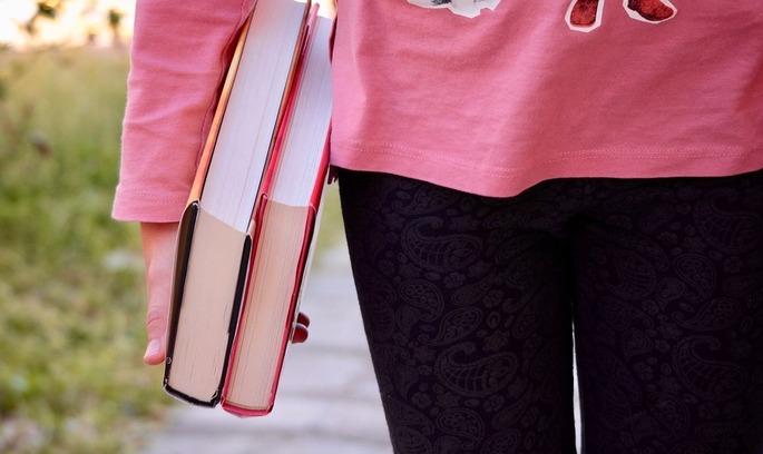 Президент підписав закон щодо забезпечення права на здобуття вищої освіти жителів територій ОРДЛО
