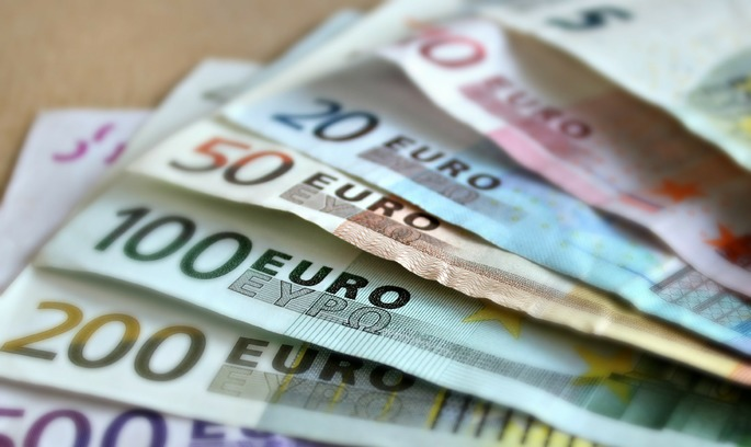Скасування обмеження на грошові перекази за кордон набуло чинності