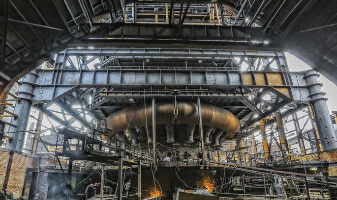 УБ збирається виключити з біржового списку акції АКХЗ, Алчевського МК та «Запоріжсталі»
