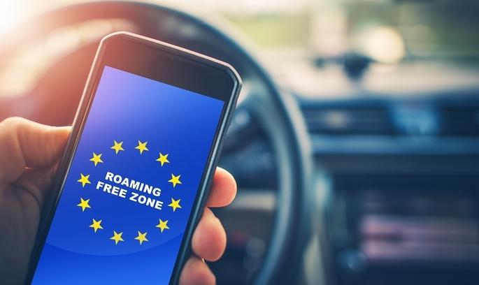 З 15 червня в ЄС скасують плату за роумінг