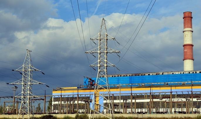 Кабмін ще на місяць продовжив надзвичайні заходи на ринку електроенергії