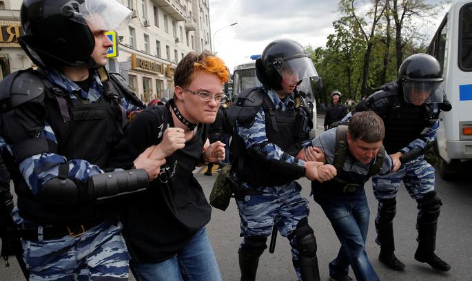 Двоє росіян з блоку Олексія Навального попросили політпритулку в Україні