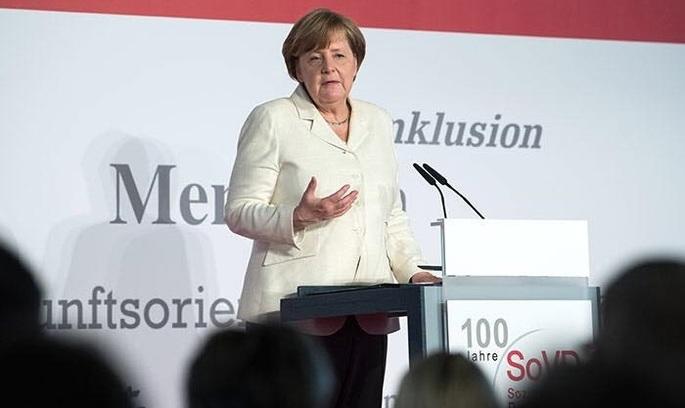 Меркель виступила проти нових антиросійських санкцій США