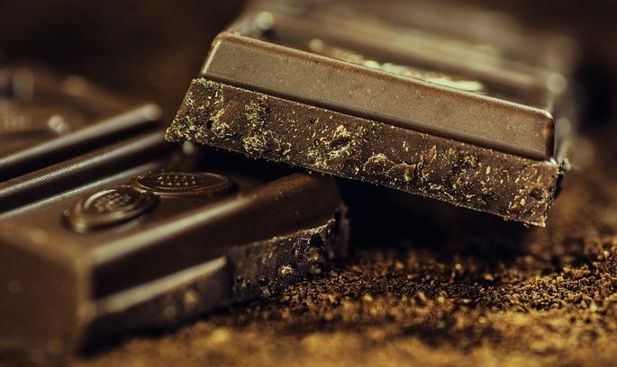 В Україні запровадили мито на російський шоколад