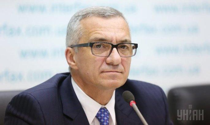 Голова правління Приватбанку іде у відставку
