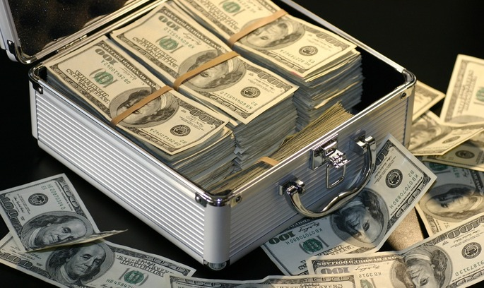 Росія на два тижні вивела $115 млрд із Федрезерву США, злякавшись санкцій