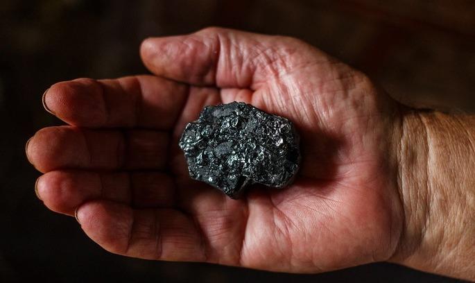 Перемога: США експортуватимуть вугілля в Україну