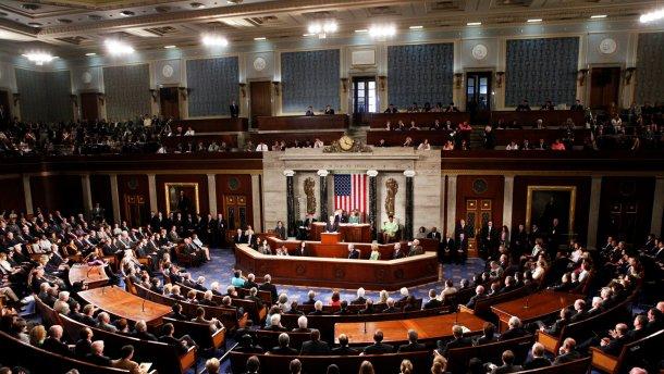 Bloomberg: Чому Росії не вдасться розкрутити тему втручання України в американські вибори
