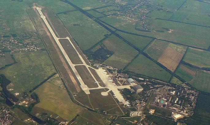 ДП «Антонов»: аеропорт Гостомеля поки що не готовий до обслуговування регулярних пасажирських рейсів