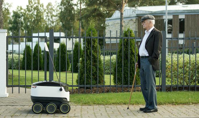 Роботів-листонош випустили на вулиці Таллінна