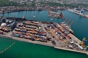 За що АМПУ судиться з глобальними контейнерними операторами