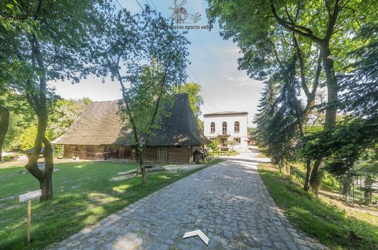 Google створив віртуальний тур українськими музеями