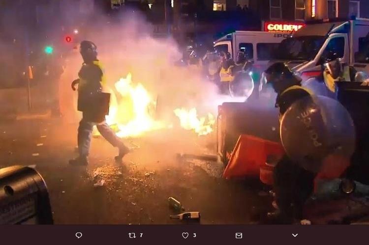 Смерть чорношкірого Рашана Чарльза: протести в Лондоні переросли в заворушення (ВІДЕО)