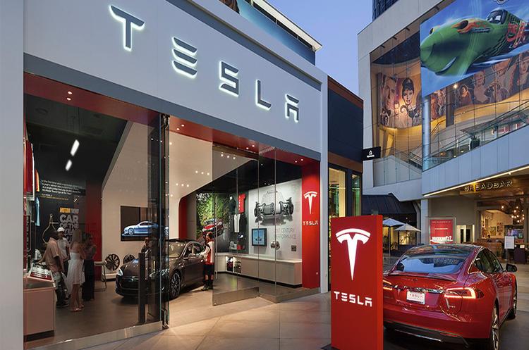 Tesla неохоче розлучається із депозитами на передзамовлення Model 3