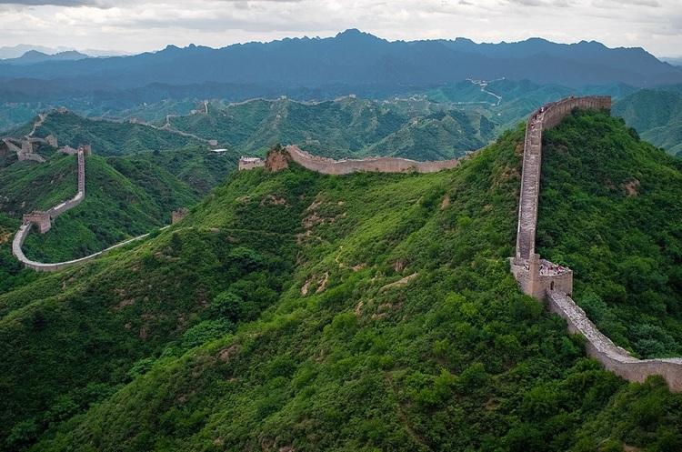 Під Великою Китайською Стіною прокладуть залізничний тунель