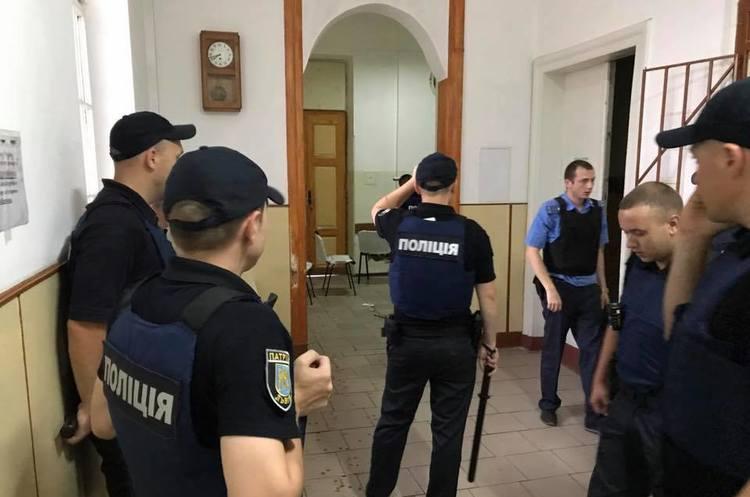 У львівській психлікарні пацієнт захопив заручників