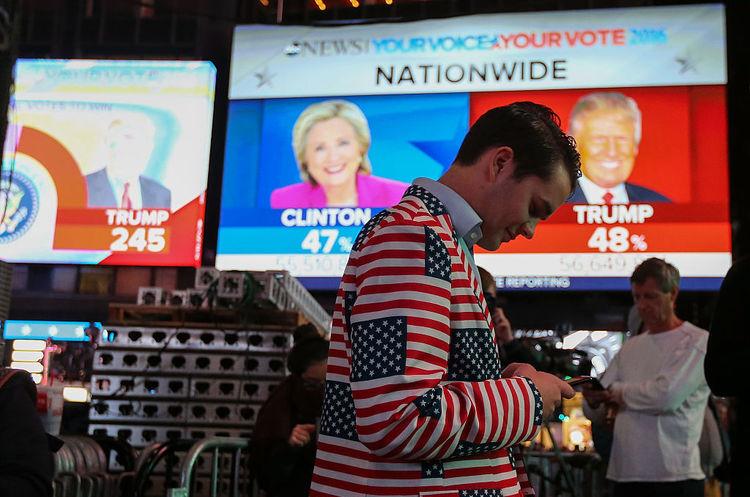 ФБР зафіксувала масове поширення фейкових новин росіянами перед виборами в США