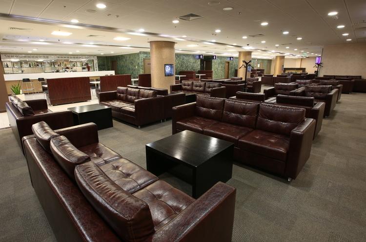М'яка посадка: як аеропорти заробляють на VIP-послугах