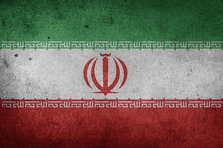 Іран робить перші кроки у посиленні своєї ракетної програми у відповідь на санкції США